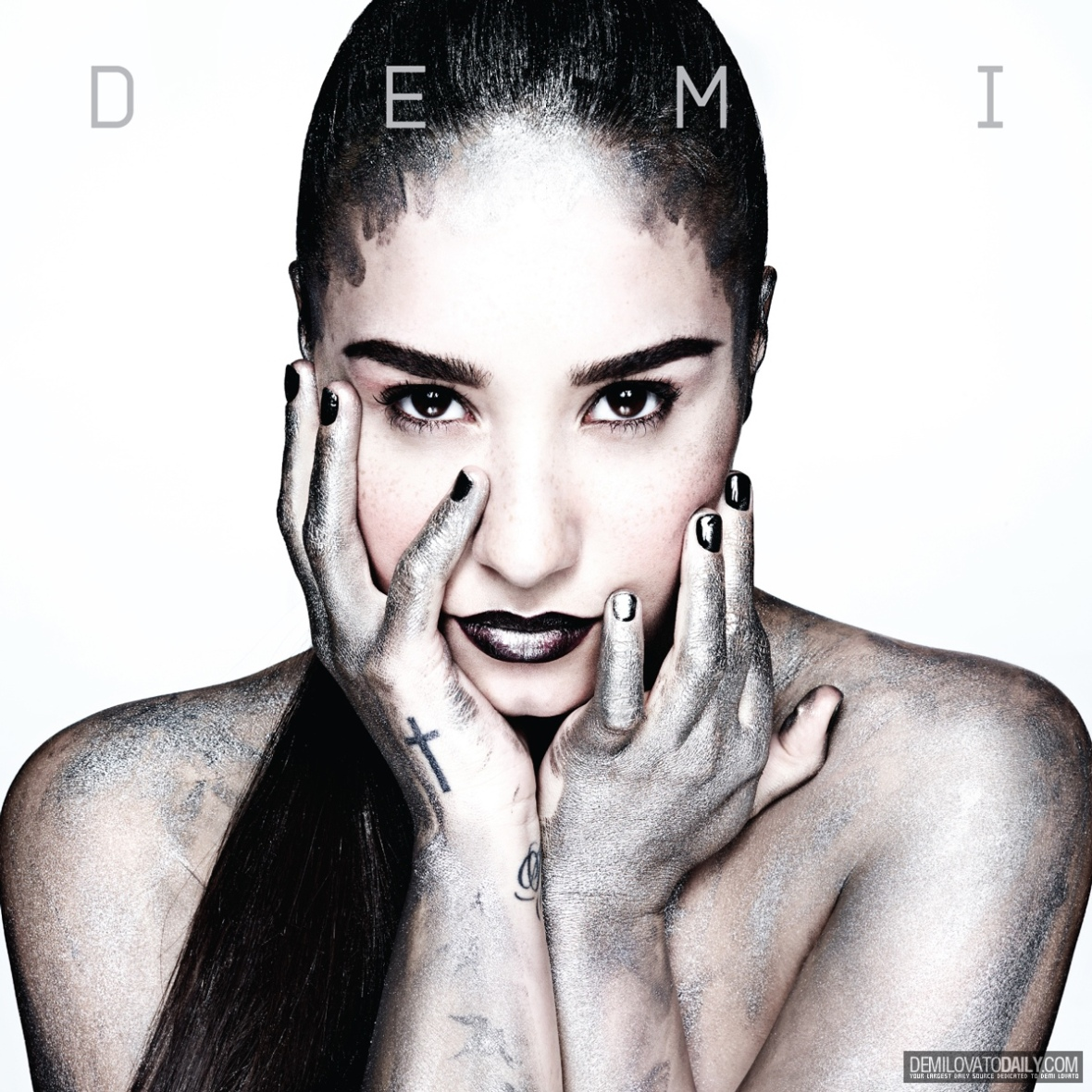 Demi-Album-Demi-Cover-2013-demi-lovato-34144078-1200-1200
